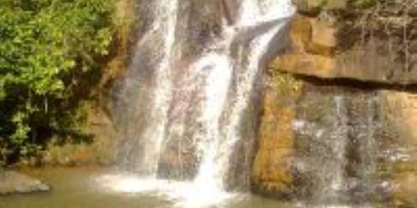 cachoeira itauninha, Por helton