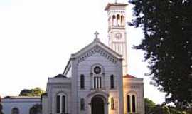 Ituiutaba - Catedral de São José em Ituiutaba-MG-Foto:Vicente A. Queiroz