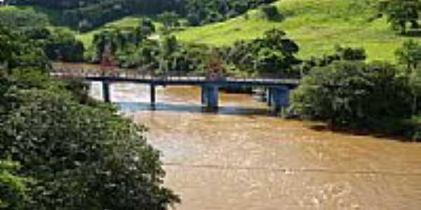 Ituiutaba - Antiga ponte sobre o Rio Tejuco - por Altemiro Olinto Cristo