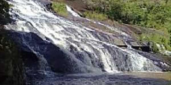 Cachoeira em Jacarandira-Foto:newprofile0