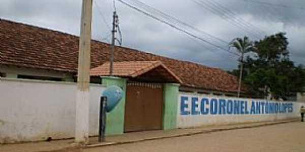 Jampruca-MG-Escola Estadual coronel Antônio Lopes-Foto:ADRIANO PEDROSA