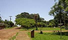 Jardinésia - Praça-Foto:Giuliano Novais