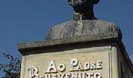 Jequeri - Busto do Padre Benevenuto, Por José Luiz R Ferreira