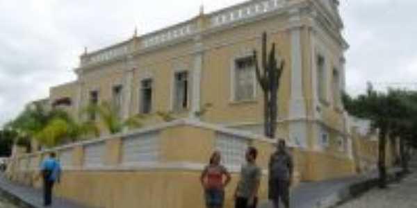 Casa de Cultura, Por Adão  Nunes