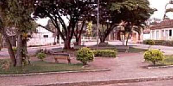 Praça em Joaquim Felício-MG-Foto:wsperdigao