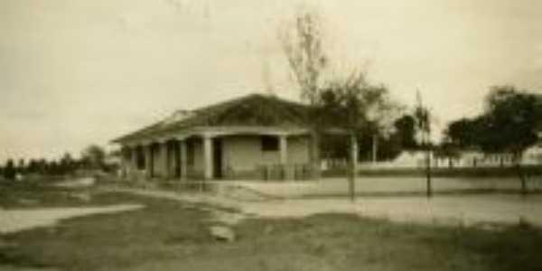 Antiga estação, hoje Infocentro e Secretaria de Agricultura, Por manoel luiz