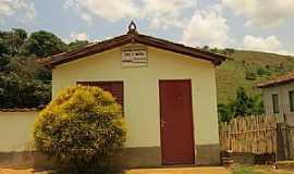 Juiraçu - Juiraçu-MG-Cartório do Distrito-Foto:duprata.comdistritos-e-povados