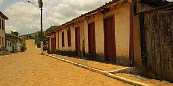 Juiraçu-MG-Casario no Distrito-Foto:duprata.comdistritos-e-povados