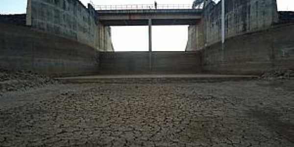 Juramento-MG-Barragem Copasa-Foto:jose ponciano neto
