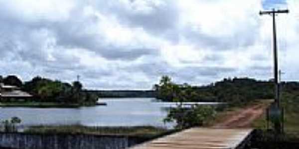 Lago em A�u da Torre-Foto:Helio Queiroz