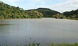 Ladainha - Ladainha-MG-Lago da Represa-Foto:Scarparo