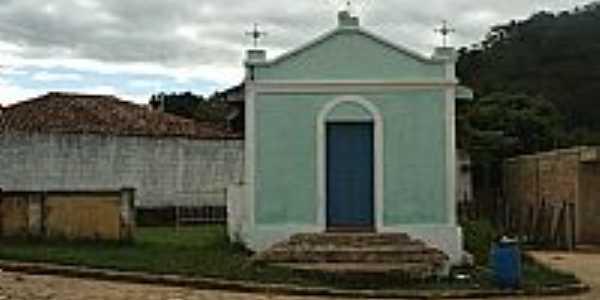 Ladainha-MG-Capelinha-Foto:Scarparo