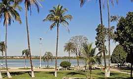 Lagoa da Prata - Lagoa da Prata-MG-Praia Municipal no centro da cidade-Foto:JC e Os Mensageiros do Amor
