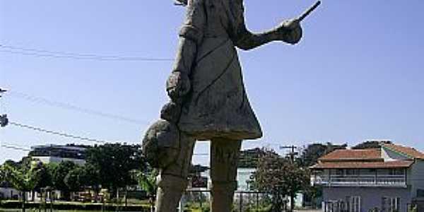 Lagoa da Prata-MG-Monumento em homenagem aos cortadores de café-Foto:Aender