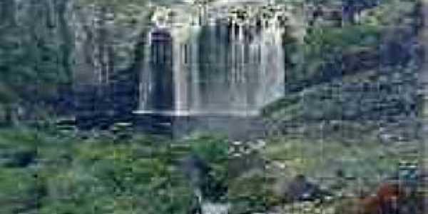 Lapinha-MG-Cachoeira da Bicame-Foto:guiadalapinha.