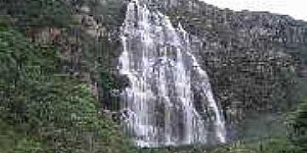 Lapinha-MG-Cachoeira do Lajeado-Foto:guiadalapinha.