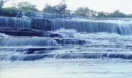 Lassance - cachoeira da tapera, Por thais