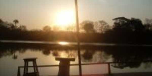 Entardecer no rio das velhas ao pé da serra do cabral, Por Juninho, sobrinho de Ranulfo sou de Belo Horizonte