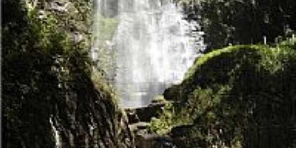 Cachoeira do Sossego em Lima Duarte-MG-Foto:Marcio Lucinda