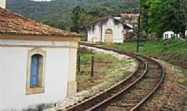 Lobo Leite - Antiga Estação Ferroviária atrás da Igreja em Lobo Leite-Foto:souexcel