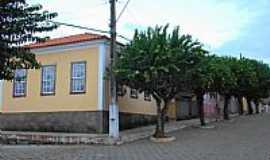 Luminárias - Luminárias-MG-Patrimônio Histórico no centro-Foto:BARBOSA