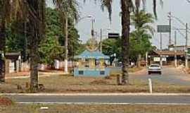 Luz - Luz-MG-Monumento do Rotary na entrada da cidade-Foto:Rogério Santos Perei…