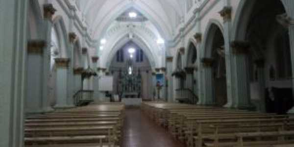 Interior da catedral de Luz,MG, Por Eliane de Fátima