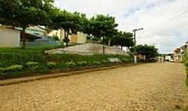 Macuco - Praça do Distrito de Macuco-Foto:sgtrangel