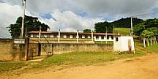 Escola Estadual Cap.Roberto José Ferreira-Foto:sgtrangel