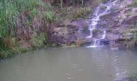 Malacacheta - Cachoeira, Por santana