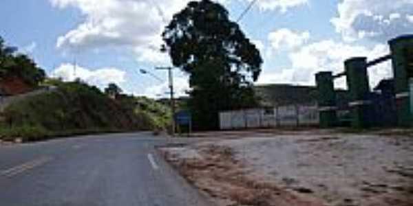 Malacacheta-MG-Estrada do Clube de Campo-Foto:Ailton Gomes Pêgo