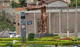 Manhuaçu - Manhuaçu-MG-Monumento ao Cafeicultor-Foto:Milton Brigolini Neme