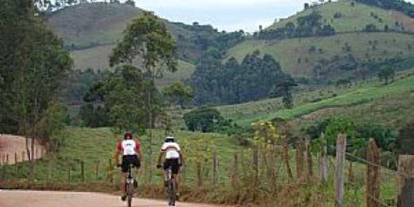 Gosta de pedalar? Maria da fé é o lugar ideal para Mountain bike!