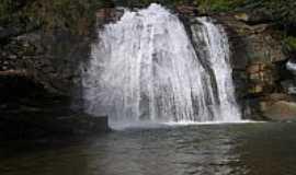 Mariana - Cachoeira do Brumado em Mariana-MG-Foto:Milton Brigolini Nem�