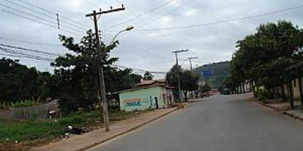 Marilac-MG-Rua Principal-Foto:Izaides