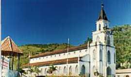 Marliéria - Igreja em Marliélia, por Roner Dawson.
