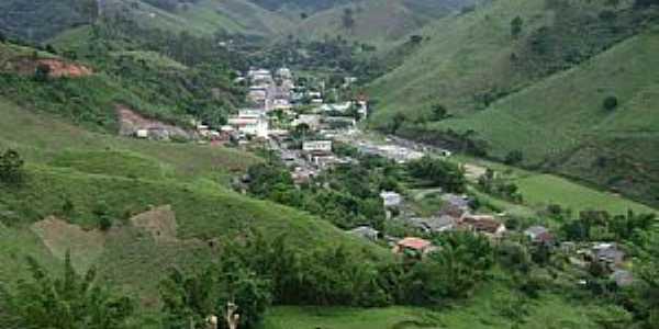 Cidade de Marliéria MG vista da serra - Por Gustavo Sturzenecker Moreira
