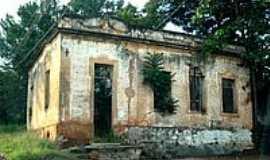 Martinésia - Casa onde morou Emereciano Cândido da Silva-Capitãozinho-Foto:Altemiro Olinto Cris…