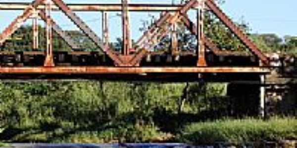Ponte de Ferro-Foto:brunofurtado