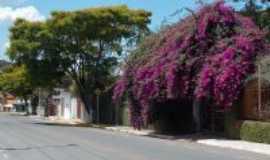 Mateus Leme - rua Joaquim Aguiar em mateus leme, Por Isa