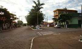 Medeiros - Medeiros-MG-Avenidas centrais-Foto:Jairo Nunes Ferreira