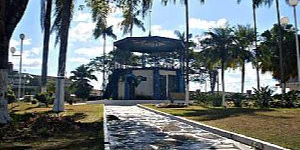 Medeiros-MG-Coreto na Praça Militão Miranda-Foto:Júlio Vital