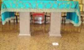 Medina - Altar da Matriz  de Sta Rita, Por Darlan M Cunha