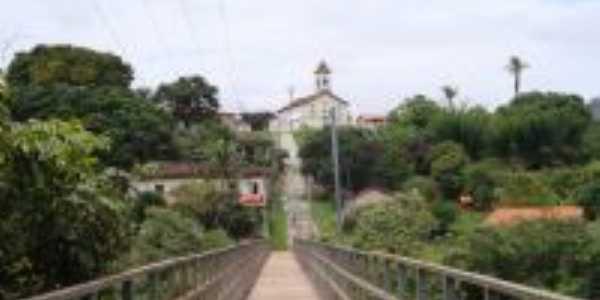 Centro do Distrito de Mendanha, Por Áurea