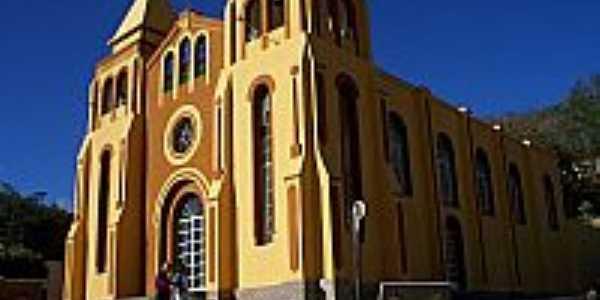 Mendes Pimentel-MG-Igreja Matriz-Foto:brunosic