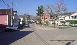 Mercês - Praça Dr. Castelões em Mercês - MG - por Geraldo Galdino de Paula Junior
