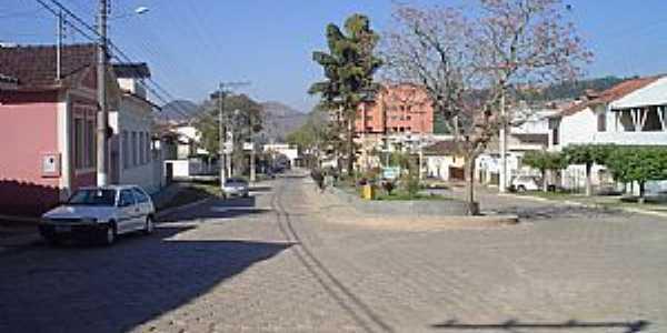 Praça Dr. Castelões em Mercês - MG - por Geraldo Galdino de Paula Junior
