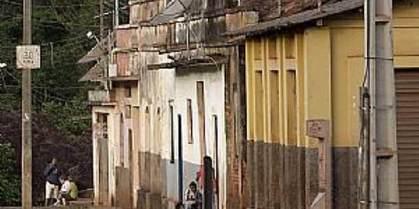 Miguel Burnier-MG-Centro histórico do distrito-Foto:lucasgalodoido