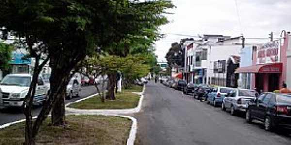 Alagoinhas-BA-Rua Jos� Bonif�cio-Foto:Andre L. S. Lacerda