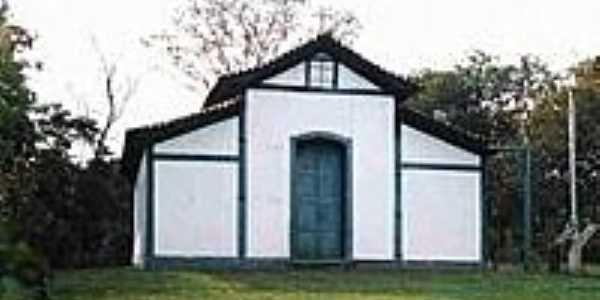 Igreja de N.S.das Neves e do Rosário-Foto:Glaucio Henrique Cha…